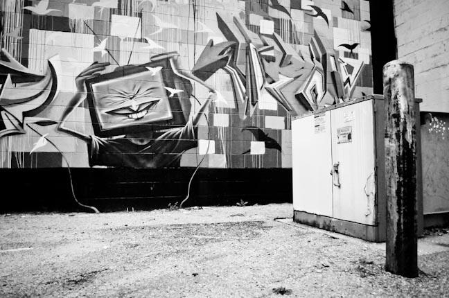 street_art_b-w_8-2